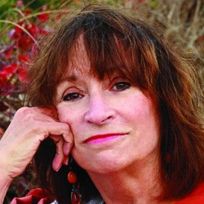 Photo of author Anne D. LeClaire